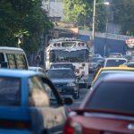 El tráfico se intensificó en las cercanías de la ex-Casa Presidencial. La protesta inició a las 6:00 a.m. y finalizó a las 7:30 a.m. Foto EDH / mauricio Cáceres