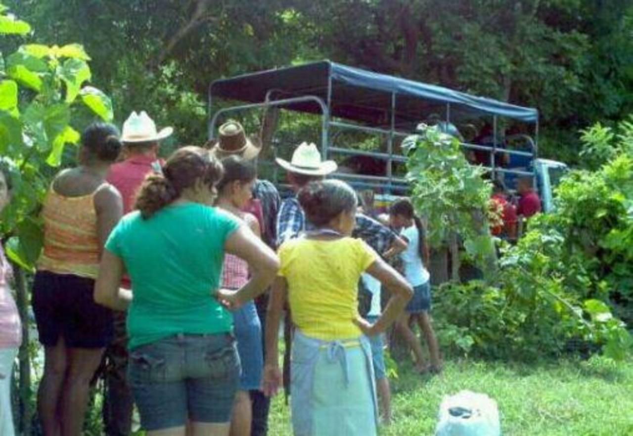 Dos presuntos pandilleros fueron asesinados en el cantón Santa Cruz La Milagrosa, Ilobasco, Cabañas Foto vía Twitter Marlon Hernández