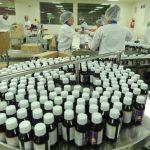 La producción de los medicamentos es planificada previamente para cada semana, y la trabajan en una jornada de 7:30 a.m. a 5:00 p.m., con el fin de cubrir la demanda nacional y extranjera. Fotos EDH / marlon Hernández