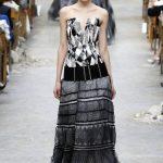 Los vestidos se proponen, como este largo con un bajo en voluminoso tul. FOTOs EDH / agencias