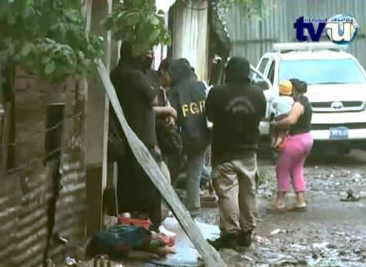 Emely Alejandra de 4 años fue asesinada en Jucuapa en un aparente ataque contra su padre. Foto EDH / Archivo