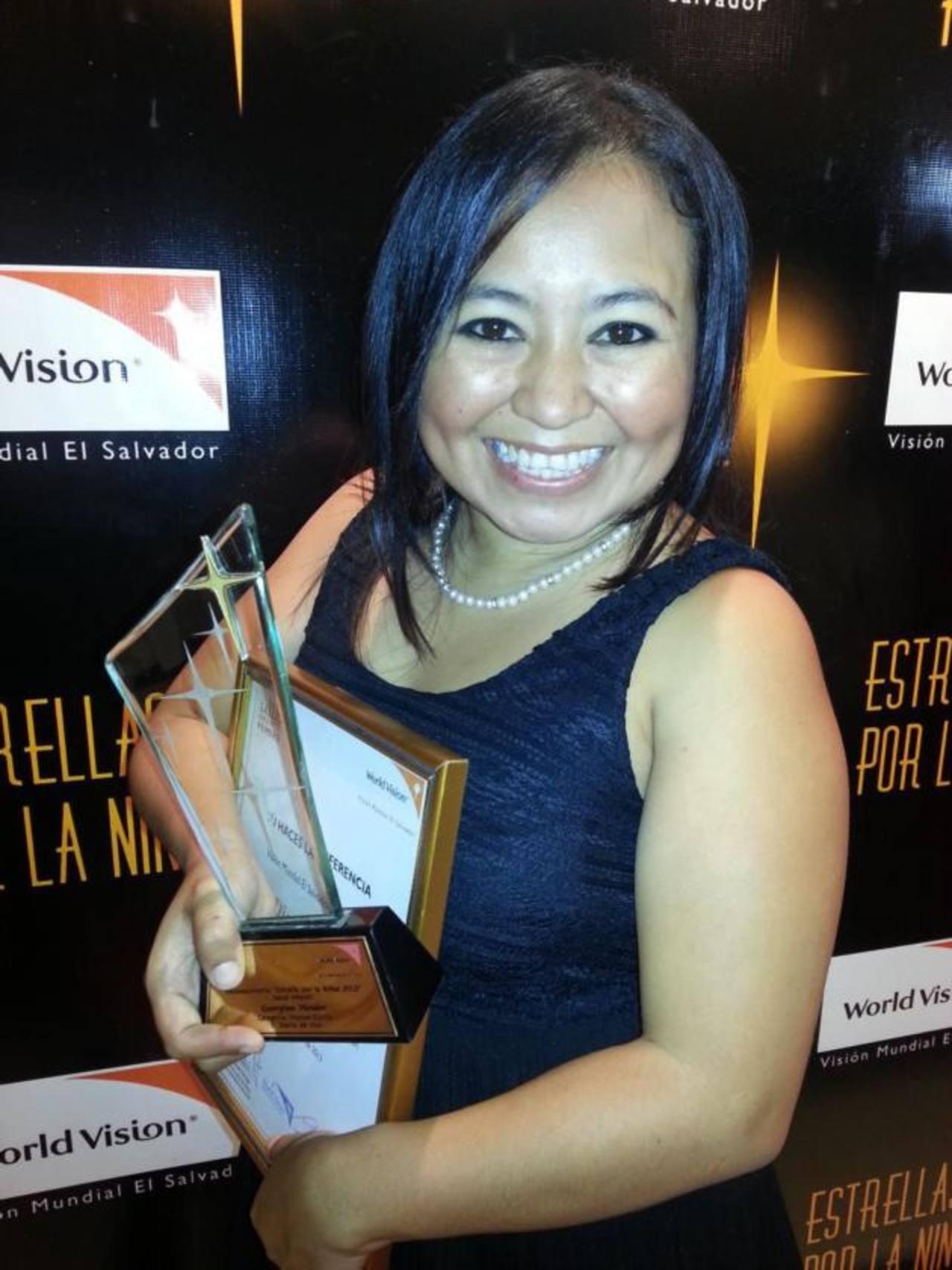 El profesionalismo de Georgina Vividor la hizo acreedora de este reconocimiento en la categoría prensa escrita.