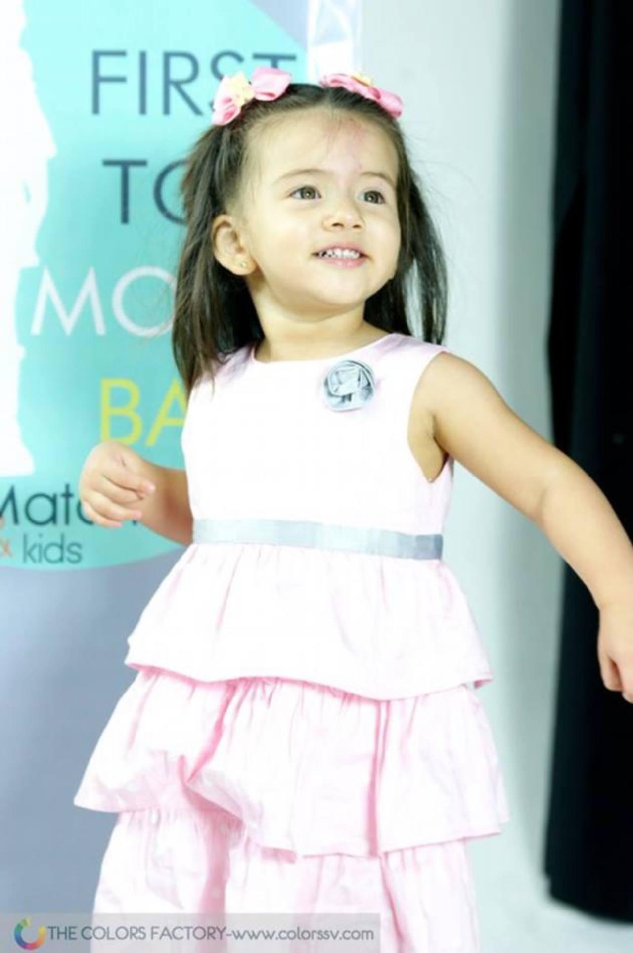 """Los niños se han preparado por varios días para hacer un excelente """"fashion show""""."""
