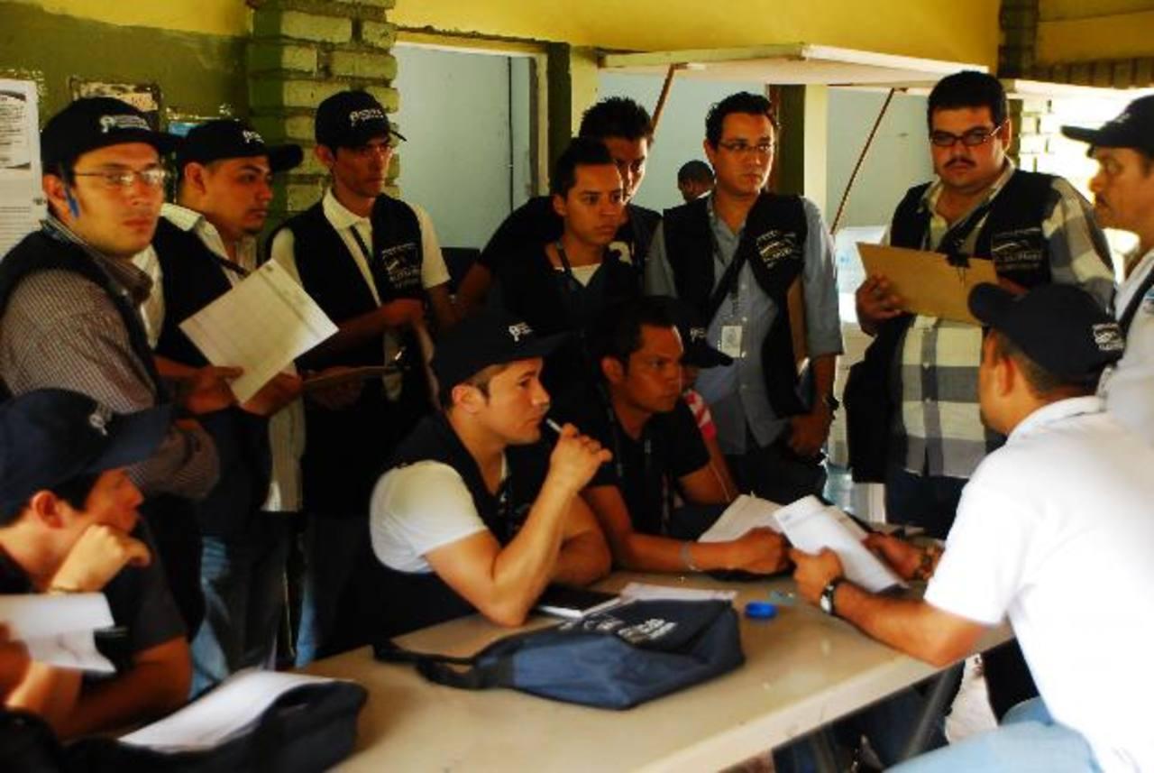 Inspectores son capacitados cuando ya deberían estar trabajando. Foto edh / francisco torres
