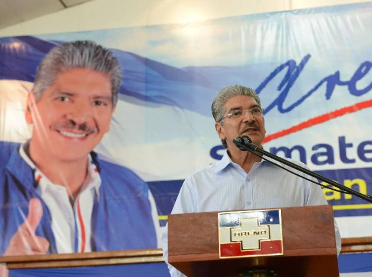 El aspirante a la Presidencia del partido tricolor, Norman Quijano, también pidió al presidente de la República que vete el decreto transitorio 412. foto edh / miguel villalta