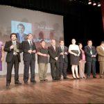 La alcaldía entregó diez premios en total a distintas personalidades del municipio de Santa Ana. Fotos EDH / milton jaco