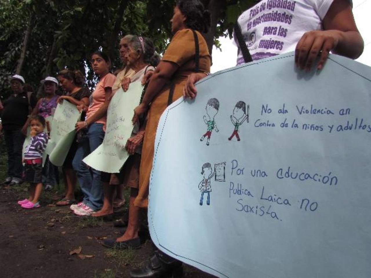 A las pocas actividades feministas, el apoyo ha sido mínimo. Foto EDH / mauricio guevara