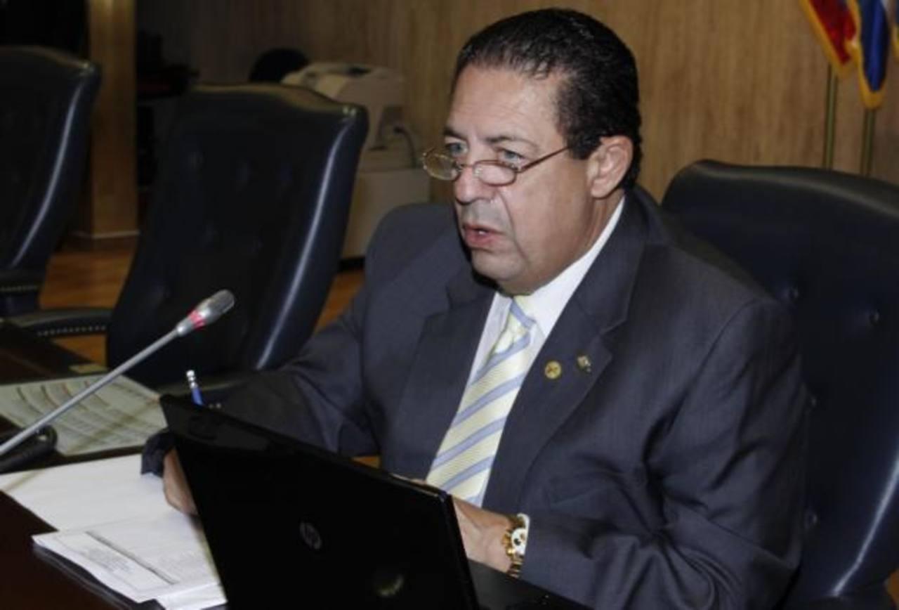TSE rechaza petición de reinstalo de Rodrigo Samayoa