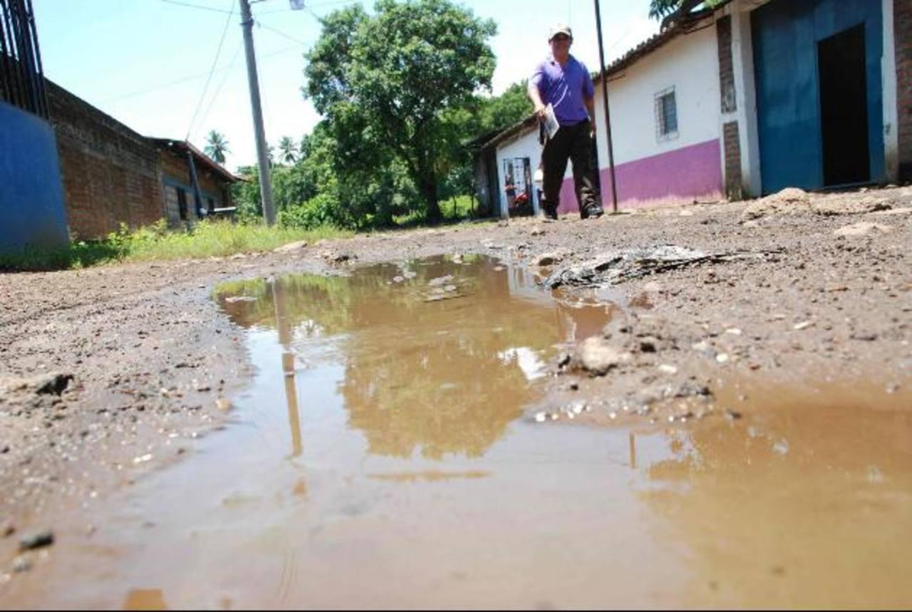 Vecinos aseguran que urgen del apoyo de las autoridades. foto edh /archivo