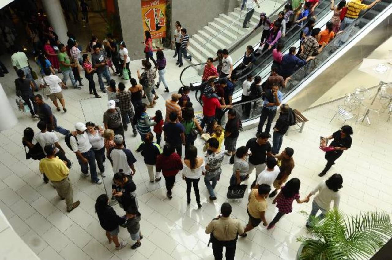 El crecimiento de la industria se refleja en los beneficios para la población. FOTO EDH / ARCHIVO