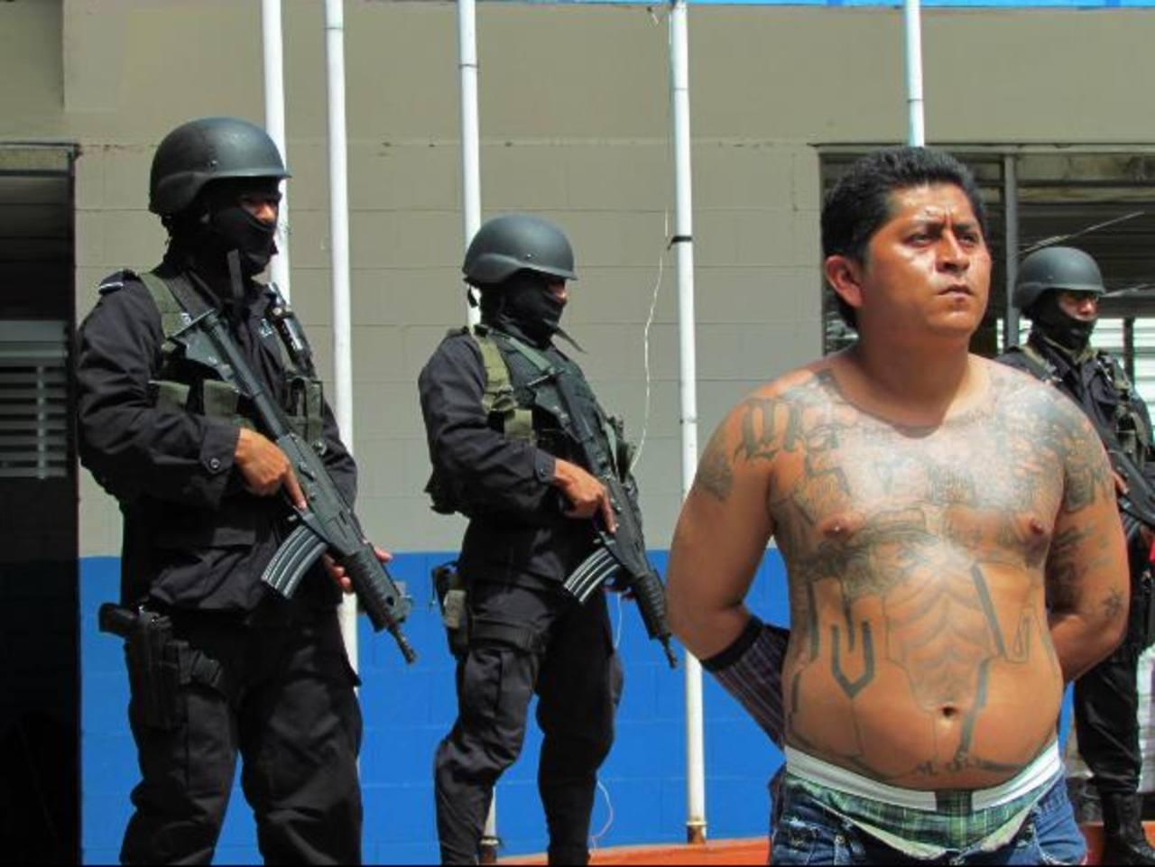 Adin Ernesto Carías fue condenado a 100 años de prisión por haber matado a cuatro personas en Santa Ana. foto edh / ArchivoÁlvaro Estrada se encargó de asesinar al policía Edwin Portillo y a su esposa por problemas con la pandilla MS. Foto EDH / Arch