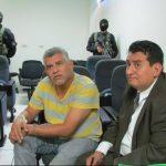 Roberto Antonio Hernández es acusado de robo y hurto agravado, según la Fiscalía. Junto a él está siendo procesada una banda integrada por 18 sujetos. Foto EDH / mauricio guevara