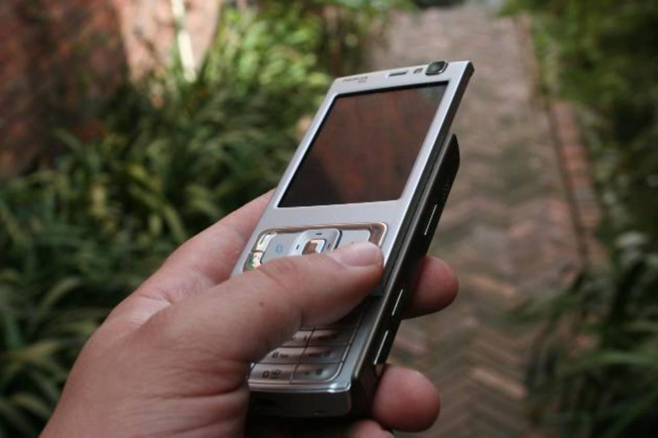 La OCDE ha indicado que los países miembros deben asegurar que los mercados móviles permanezcan abiertos y sean competitivos.