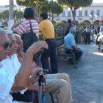 Hacienda no quiere subir gasto de pensiones pero dice que asumirá la de los militares. Foto EDH