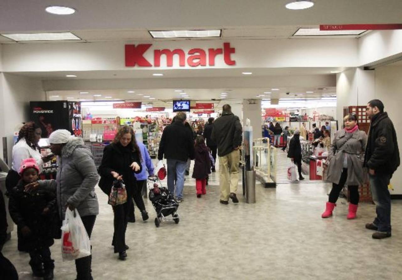 Los compradores estadounidenses están gastando más cada mes. foto edh /Archivo