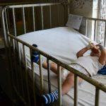 José C., de ocho meses, se recupera de una neumonía en el Zacamil. FOTOEDH / ARCHIVO