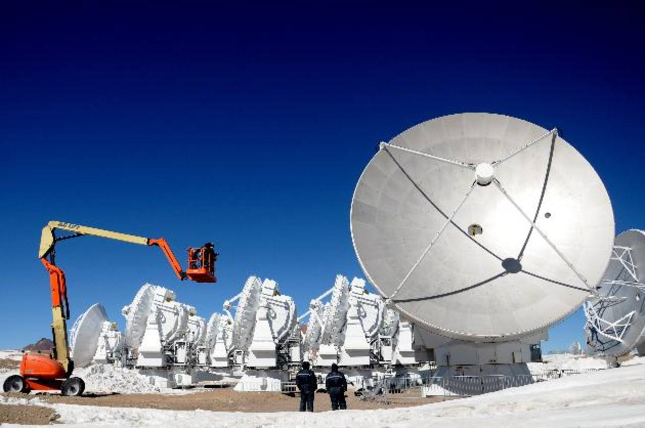 ALMA fue construido en medio del desierto de Atacama, en el norte de Chile.