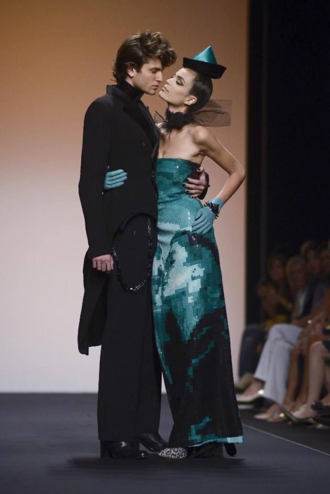 La elegancia y la irreverencia se mezclan en la colección de Jean Paul Gaultier. fotos edh / efe