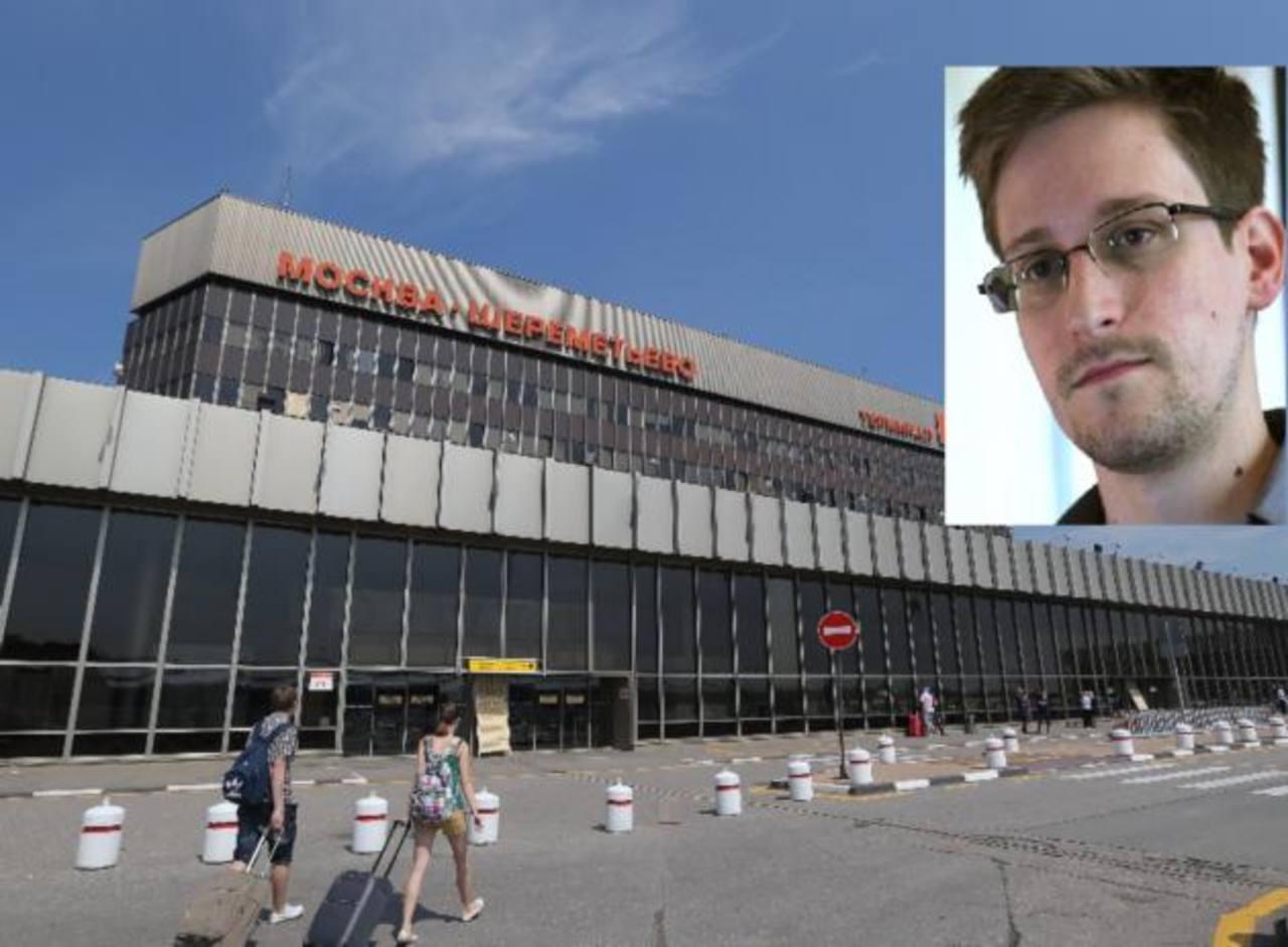Snowden se encuentra en un limbo legal en la zona de tránsito del aeropuerto Sheremetyevo de Moscú.
