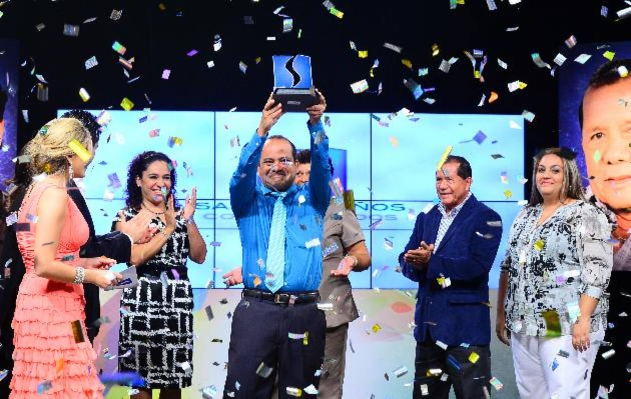 Fundación TCS galardonó al Salvadoreño Comprometido
