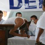 El 9 de marzo de 2012 pandilleros de ambos bandos se comprometieron a cesar al violencia en el país. Foto EDH / Archivo