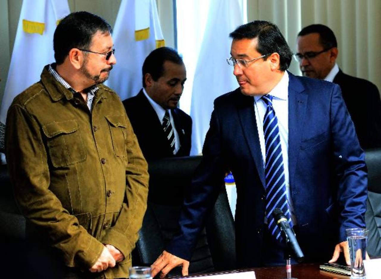 El ministro de Defensa junto al Fiscal general