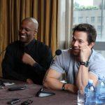 Denzel Washington y Mark Wahlberg durante la conferencia de prensa en la ciudad de Nueva York. foto edh/ EFE