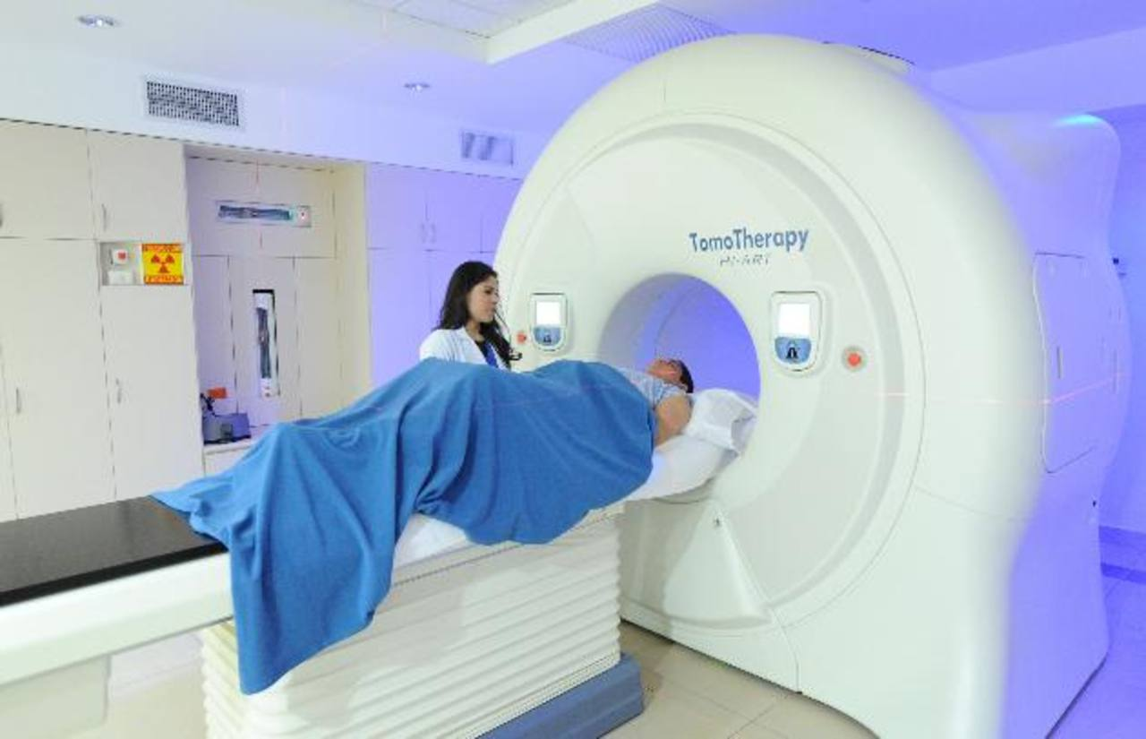 El centro con especialistas y los equipos más avanzados en radioterapia y quimioterapia. foto edh / archivo