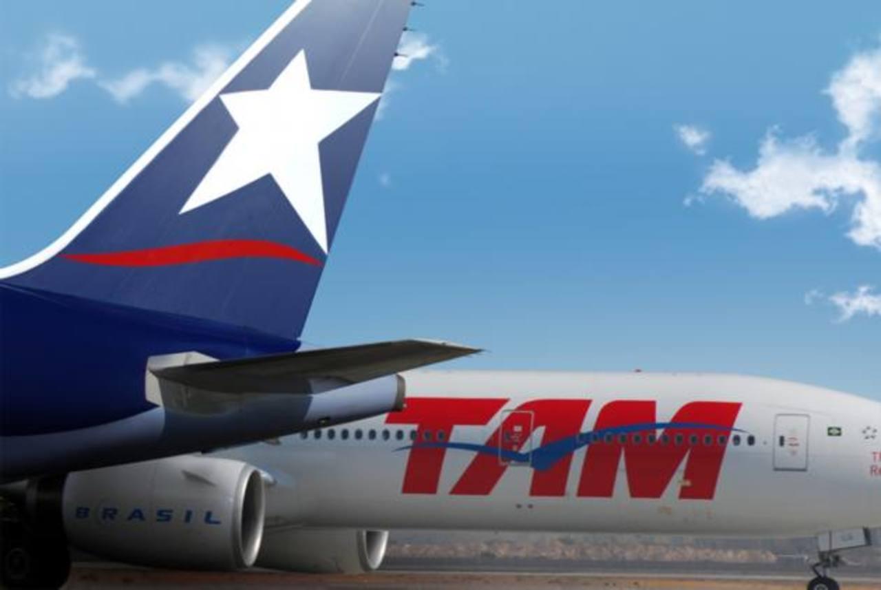 A comienzos de agosto, TAM anunció que despediría a 811 empleados, principalmente pilotos, copilotos y comisarios en una nueva señal de racionalización de sus costos.