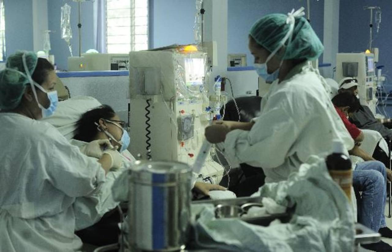 En el Rosales, en promedio, al mes, diagnostican unos 50 nuevos casos de insuficiencia renal.