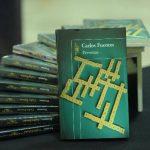 """Personas es uno de los libros póstumos de Carlos Fuentes. También está """"Federico en el balcón"""". Fotos EDH / Marlon Hernández"""