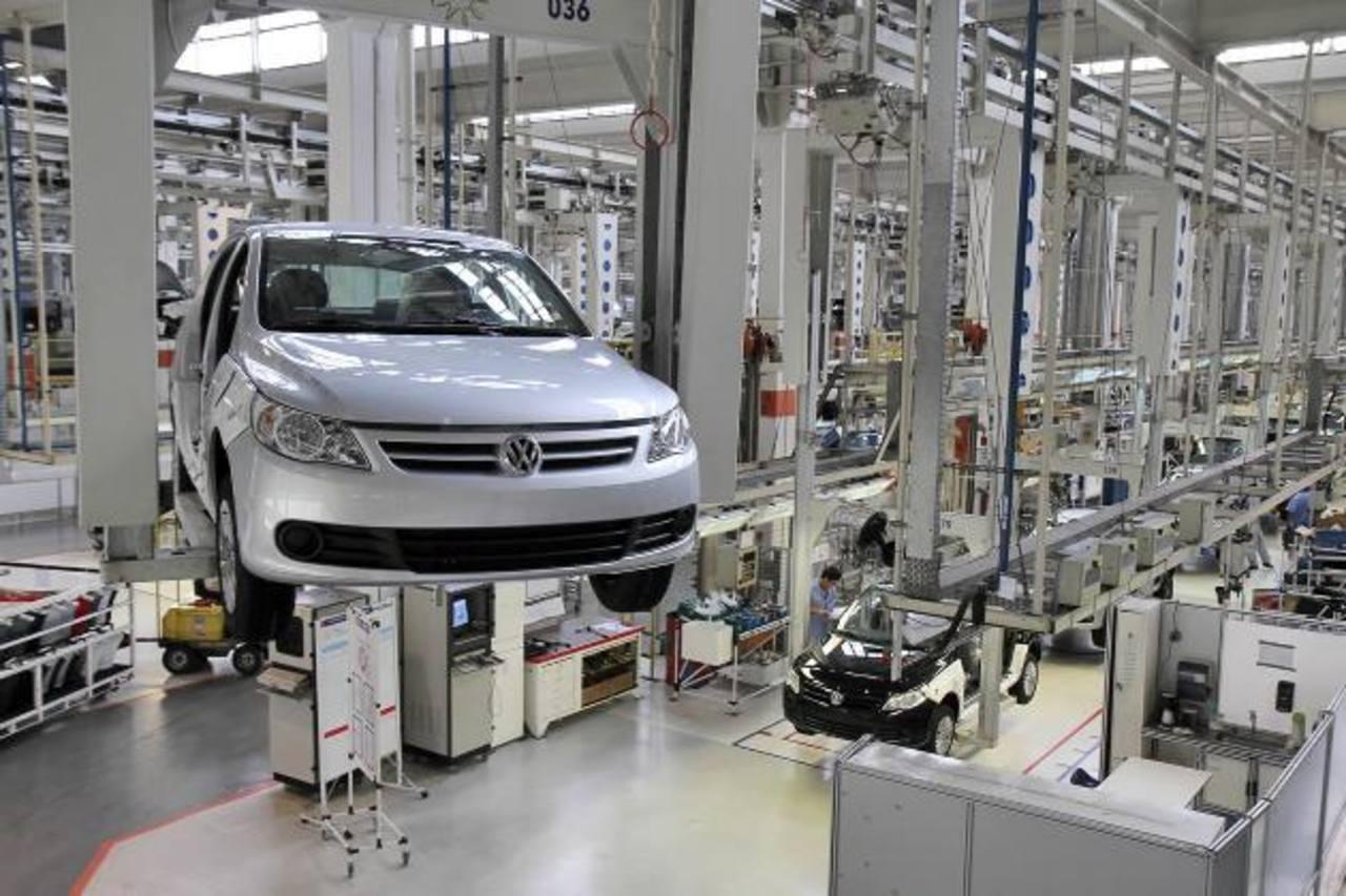La actividad económica brasileña mejoró después de su caída en 2011. Foto EDH