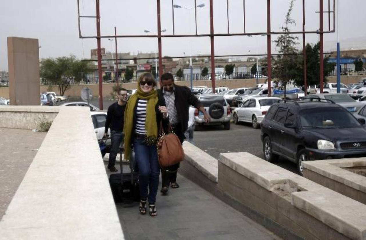 EE.UU. pide a ciudadanos dejar Yemen por alerta