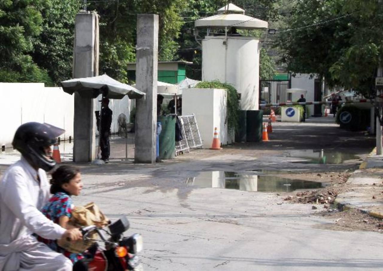 El consulado de EE.UU. en Lahore, Pakistán, permanecerá cerrado más tiempo, luego de la amenaza terrorista. Foto EDH/EFE