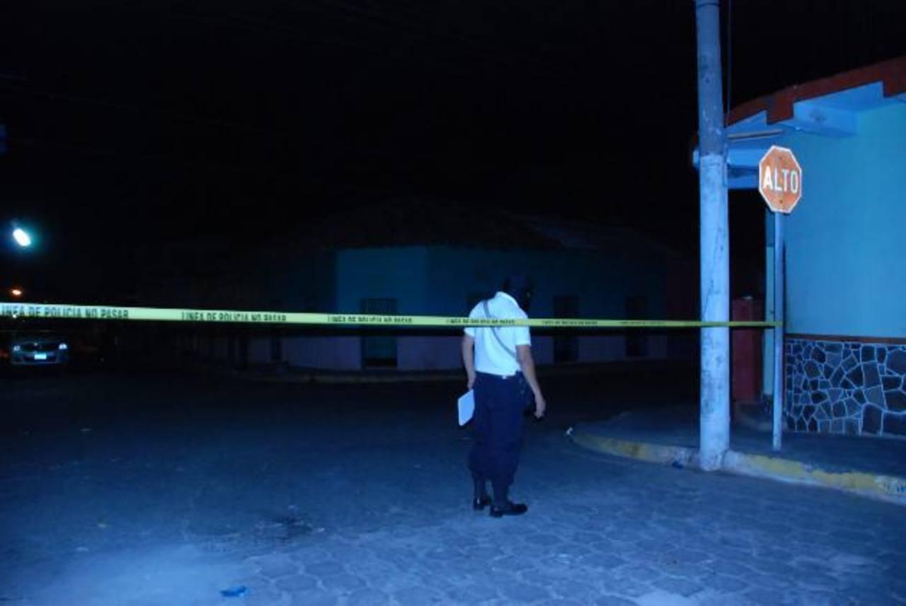 Una balacera ocurrida el lunes por la noche en pleno centro de la ciudad, alarmó a la población. foto edh / Insy Mendoza