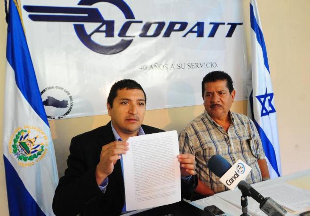 Juan Pablo Álvarez, de Acopatt, ha expresado la protesta de su gremio contra las condiciones del Sitramss. Foto EDH / Archivo