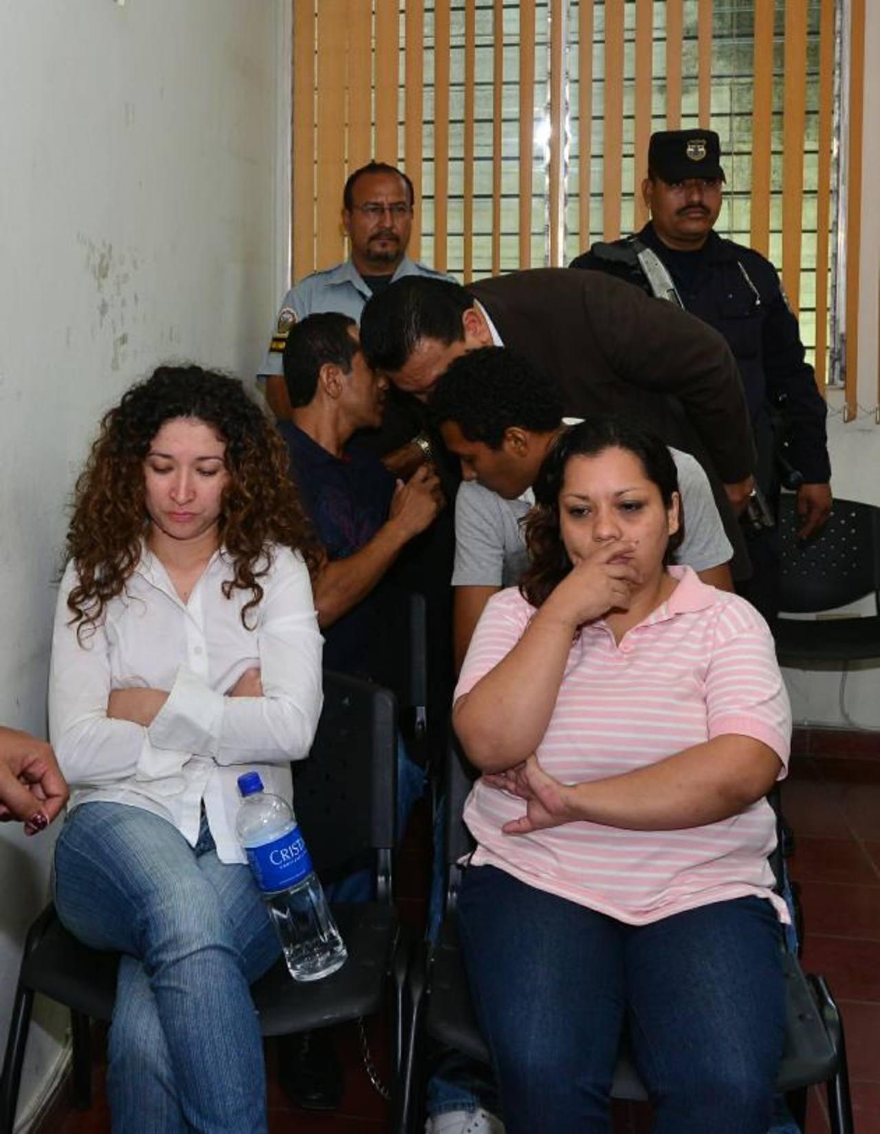 Las autoridades aun no definen cuál fue el móvil del asesinato. Foto EDH / Omar Carbonero