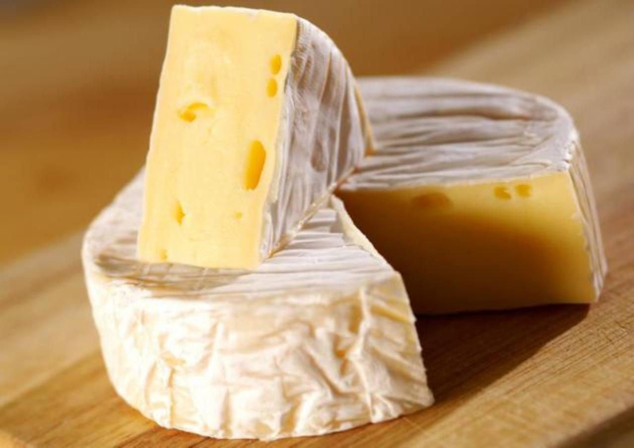 Italia quiere registrar como exclusivos los quesos camembert y provolone. foto EDH / archivo