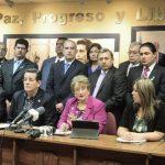 Jorge Velado, presidente de ARENA, junto a la fracción, criticaron las declaraciones de Munguía Payés. Foto EDH / jorge reyes