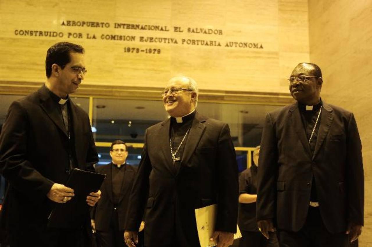 Llega Cardenal de Cuba para asistir al Congreso Eucarístico