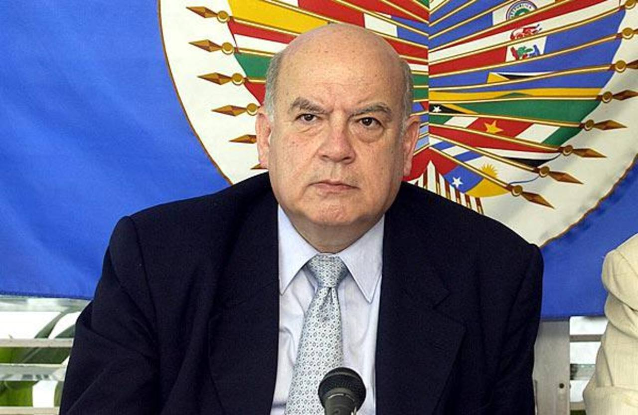 Insulza no se postulará al Senado de Chile