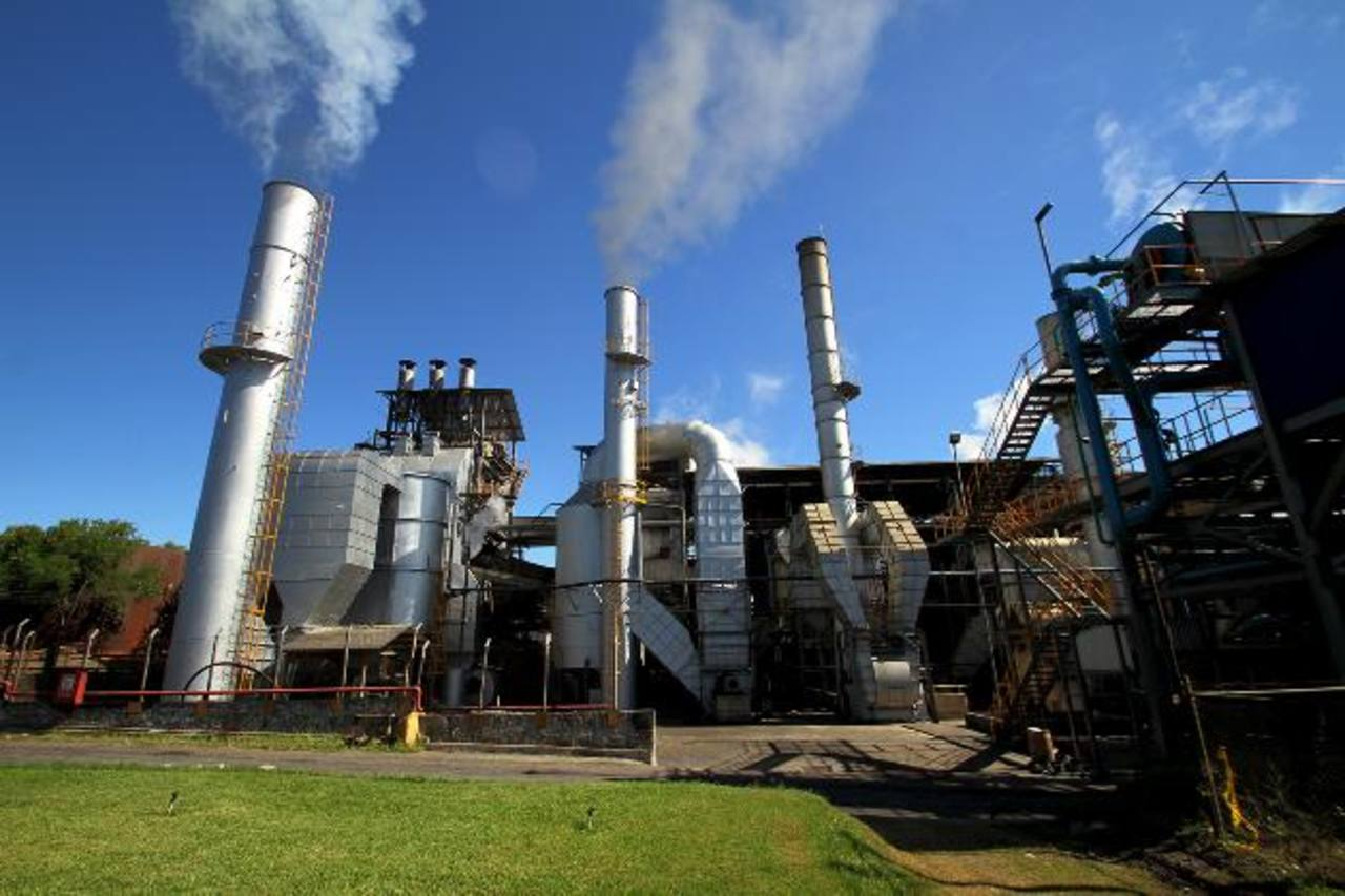 Así luce la actual planta en el Ingenio Chaparrastique. En los próximos meses se instalará una más grande. Foto edh / cortesía
