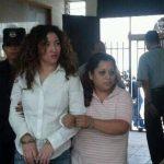 La madrastra y tía de José Alejandro Bobadilla (novio de Helene) durante la audiencia en el Juzgado de San Juan Opico. FOTO EDH /Diana Escalante