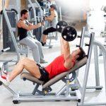 Hombres sanos con cuerpo atlético