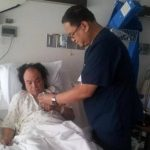 Aniceto Molina será operado en un hospital de Texas. Foto tomada del Facebook del artista
