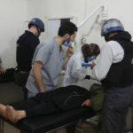 El equipo de la ONU recoge muestras de sangre de las víctimas del ataque químico en Siria. foto edh / reuters