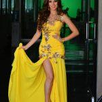 Jaime García ha creado este vestido de vibrante color. Fotos EDH /Omar carbonero