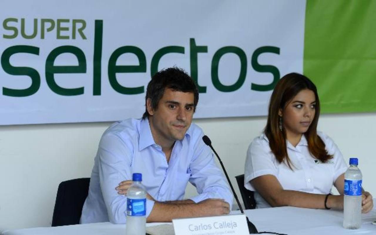 Carlos Calleja, vicepresidente de Calleja, y Stefany Jovel.