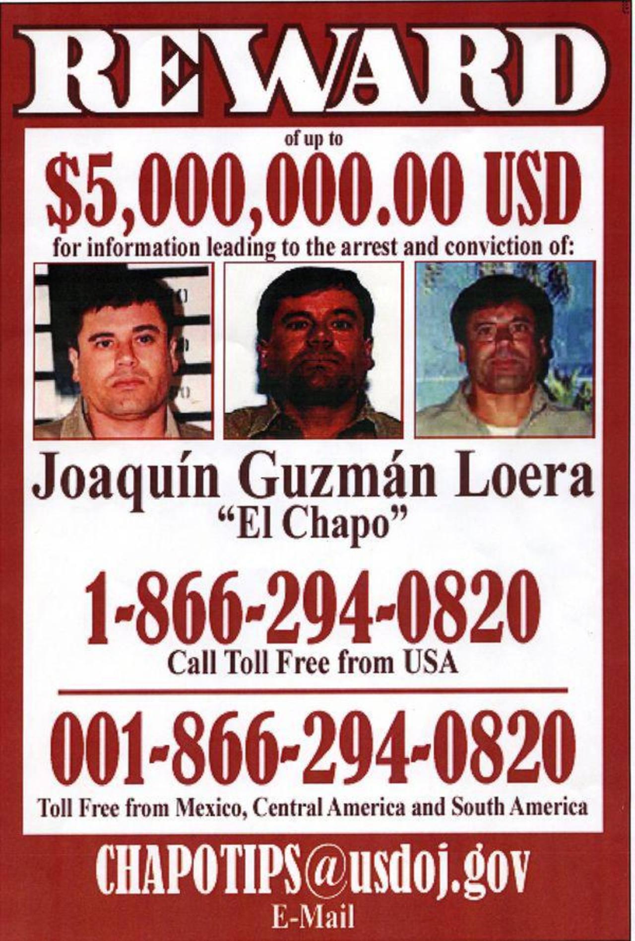 """En este afiche, las autoridades estadounidenses ofrecen una recompensa de $5 millones por Joaquín """"El Chapo"""" Guzmán, jefe del cártel de Sinaloa y el narcotraficante más buscado. Recientemente la recompensa aumentó a $7 millones."""