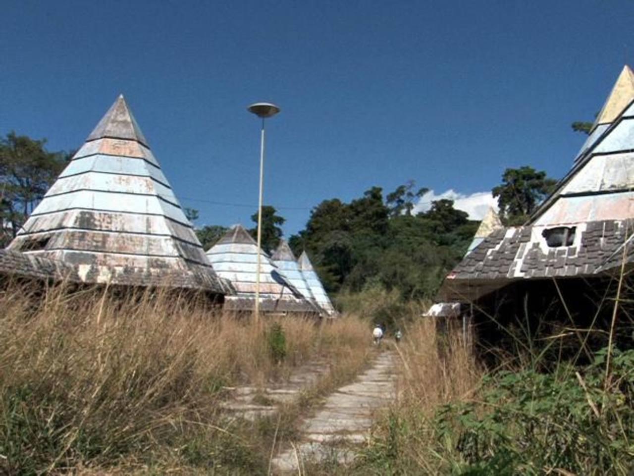 La idea de construir bartolinas en el sector del exteleférico no agrada a los lugareños por el peligro que representa. Foto EDH
